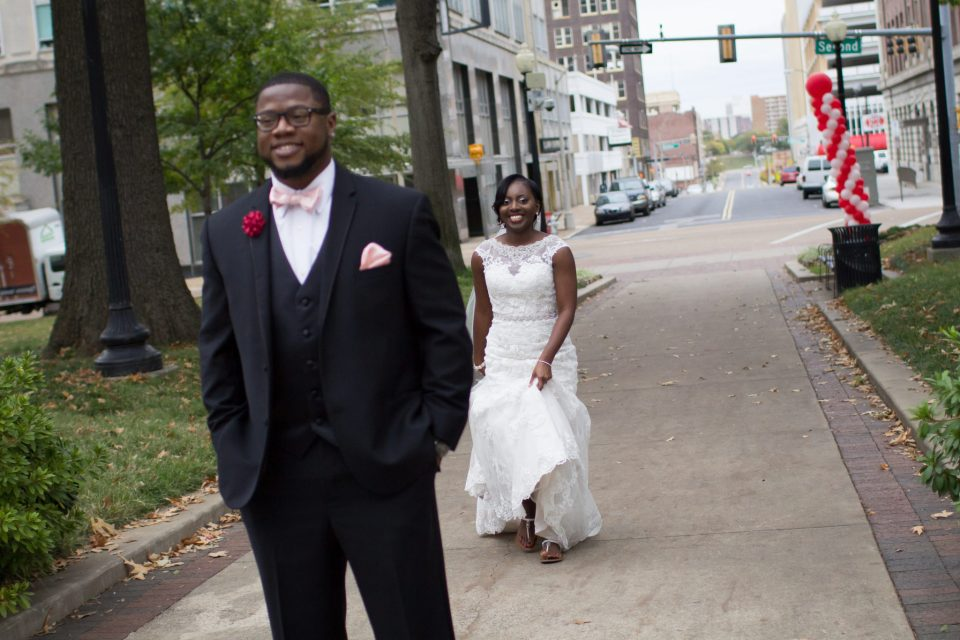 KeesWedding_FirstLookandPortraits_011-960x640 Mississippi State University Love Story