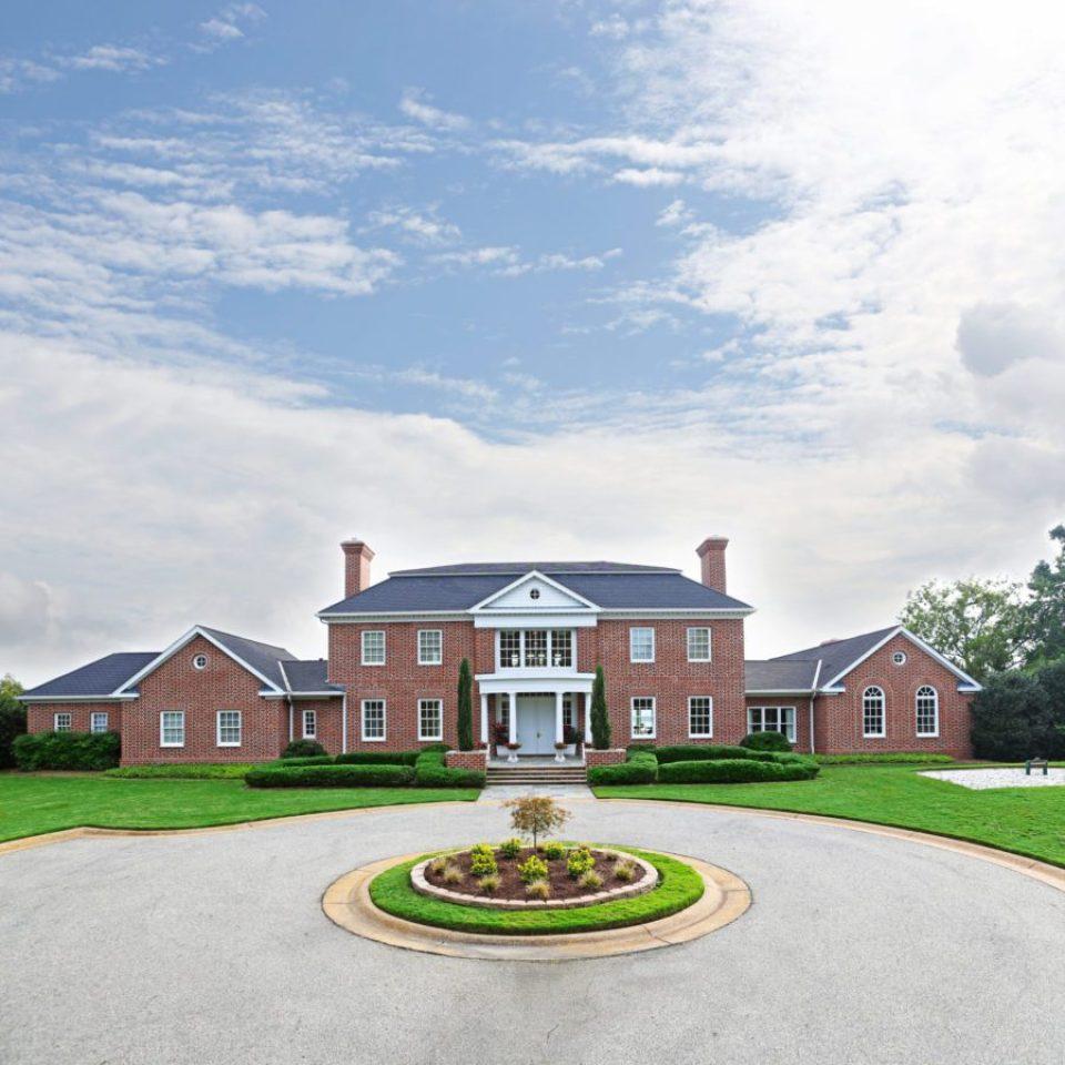 PettusHouse-960x960 True Virginia Elegance at Kingsmill Resort