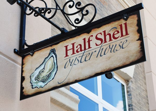 FoodandDrink.HalfShellOysterHouse.Gulfport 5 Things for a Black Southern Belle to do in Gulfport, Mississippi