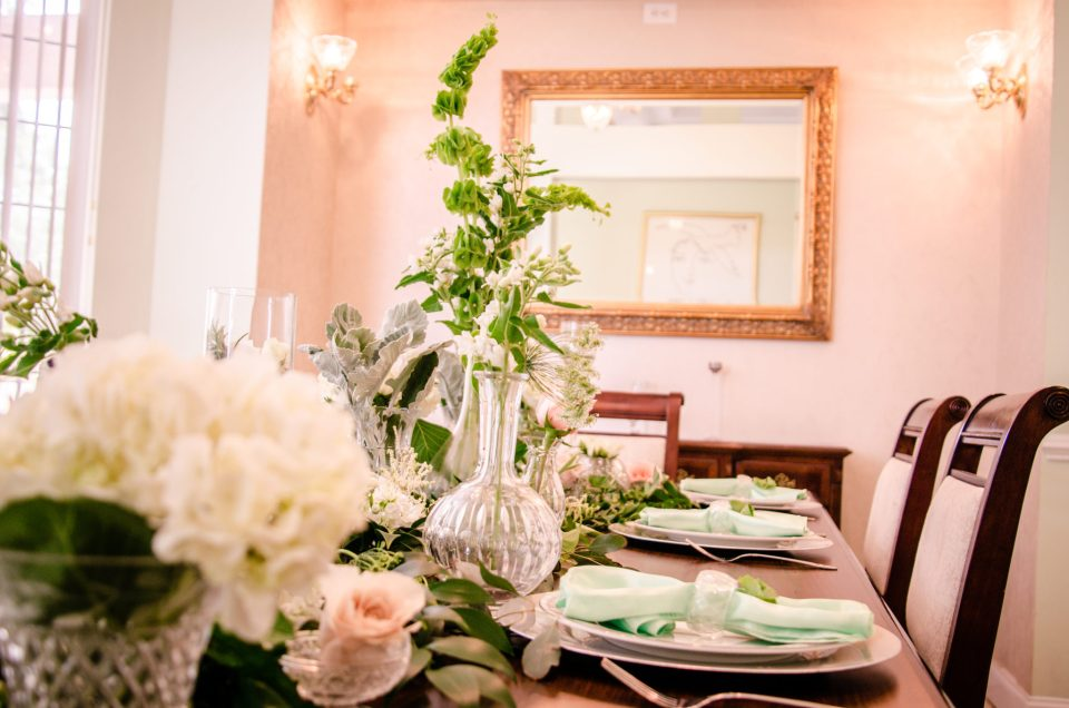 TSP_4196-960x636 4 Reasons a Belle Loves Southern Florals with Renée Givens