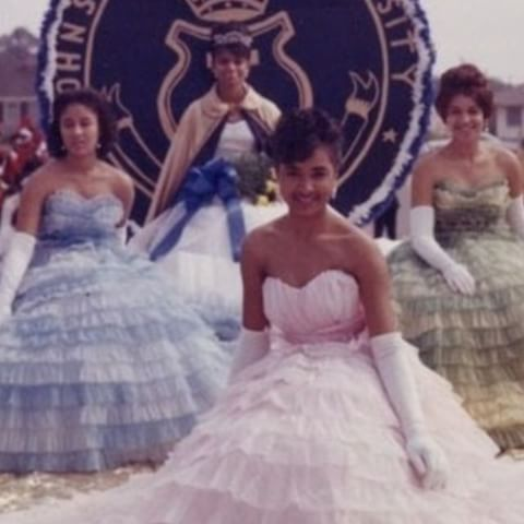 9 HBCU Homecoming Queen Looks We Love from the Past 8