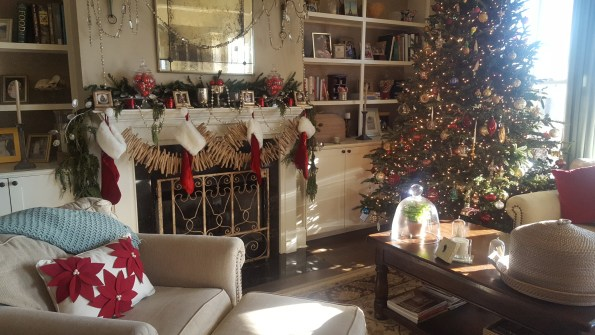 20161210_152046-595x335 20 Tips for Black Southern Belle Holiday Decor