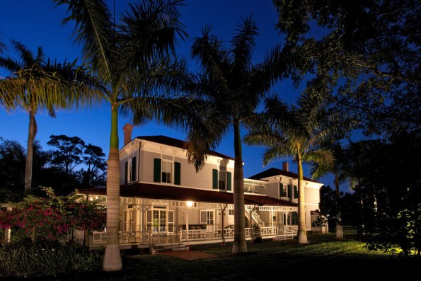 EFWE-Edison-Main-House-595x397 4 Places To Get Married in Fort Myers & Sanibel, FL