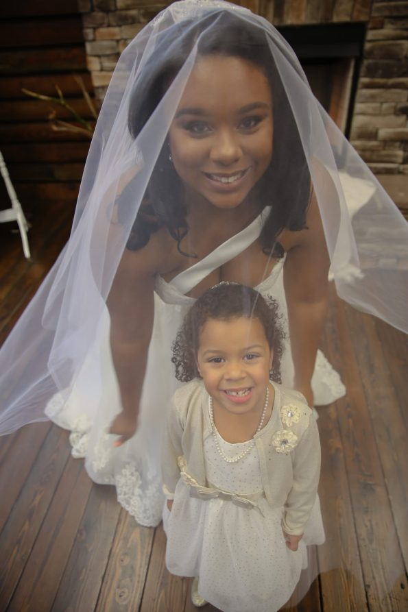 Roberson-106-bride-and-flower-girl-595x893 Spelhouse Love Reigns in Music City