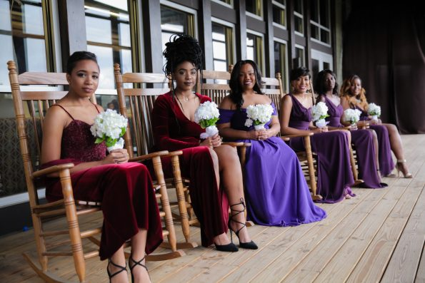 Roberson-267-bridesmaids-in-rocking-chair-595x397 Spelhouse Love Reigns in Music City