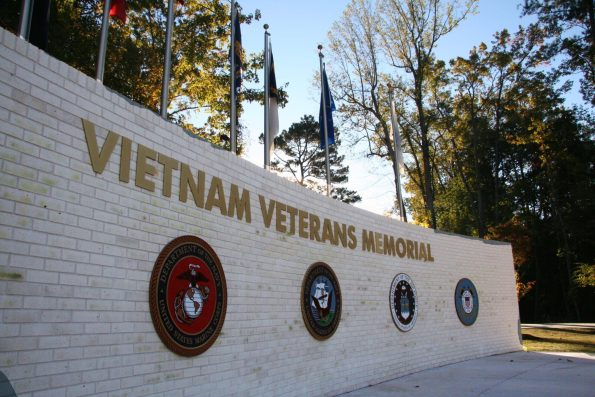 2010-10-VVMemorial-IMG_0287-595x397 Black Southern Belle Travel: Jacksonville, NC