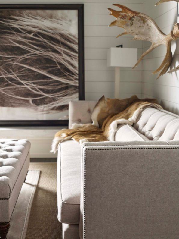 Darryl_Carter_WS_06-595x793 Tips for Mixing Modern and Traditional Decor