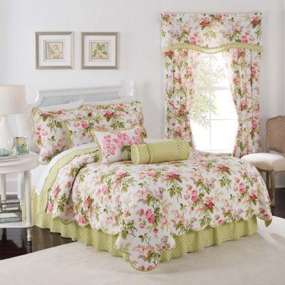 6e2a64b8abfc3aa7535306eb92d71c4e_best 10 Pieces of Home Decor for an AKA - Alpha Kappa Alpha Style - Pink & Green Decor
