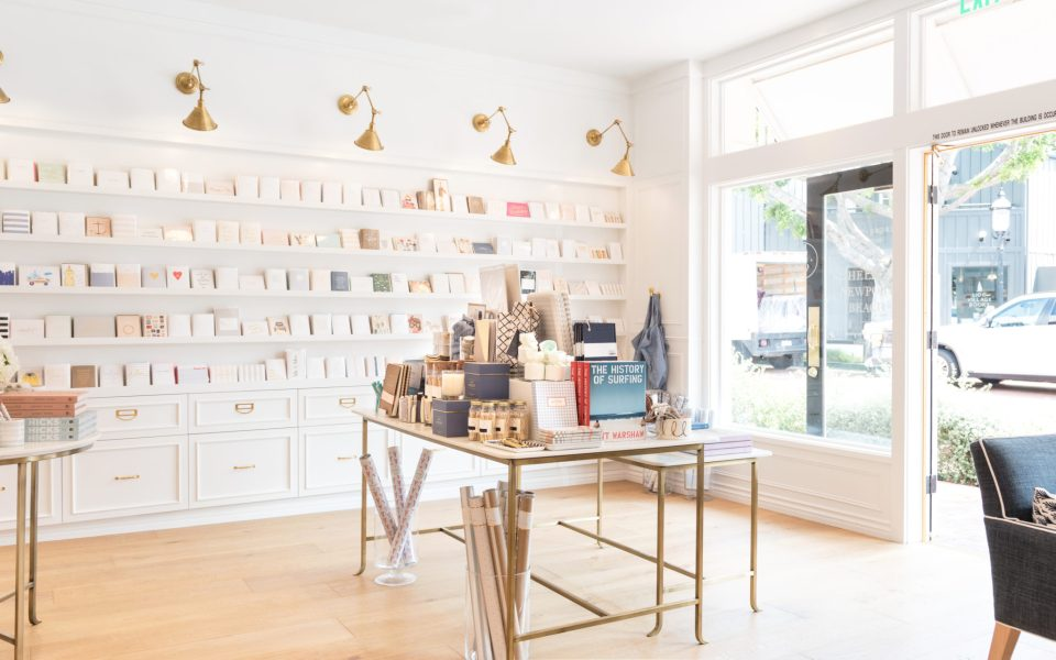 Sugar-Paper_Newport-Beach-store_10-960x600 How to Decorate Your Home Like a Stationery Store