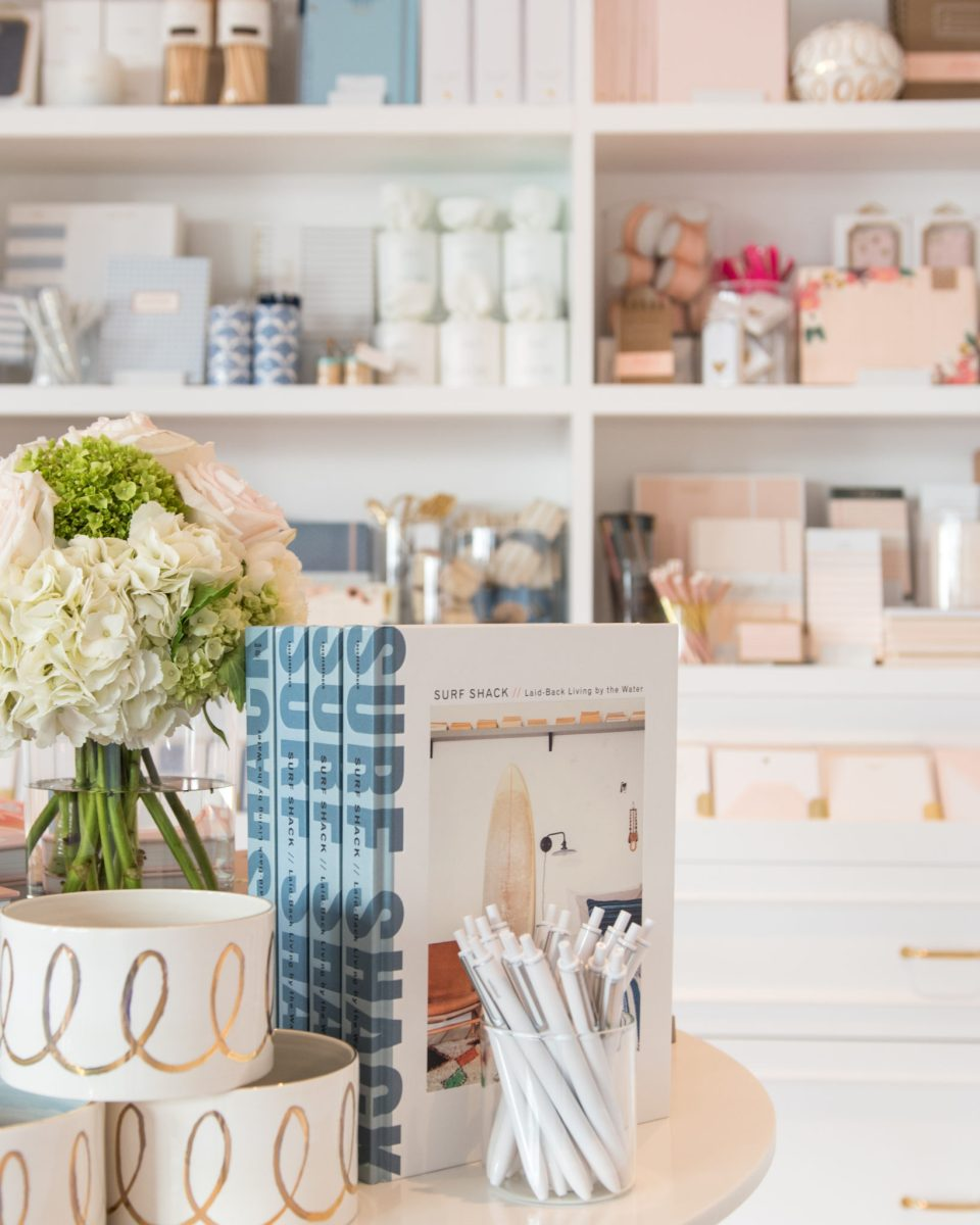 Sugar-Paper_Newport-Beach-store_15-960x1200 How to Decorate Your Home Like a Stationery Store