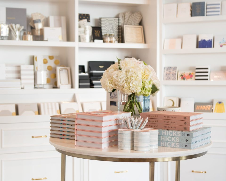 Sugar-Paper_Newport-Beach-store_17-960x768 How to Decorate Your Home Like a Stationery Store