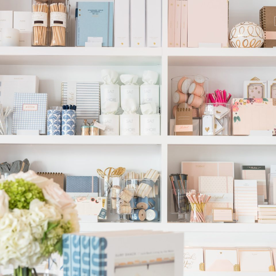 Sugar-Paper_Newport-Beach-store_5-960x960 How to Decorate Your Home Like a Stationery Store