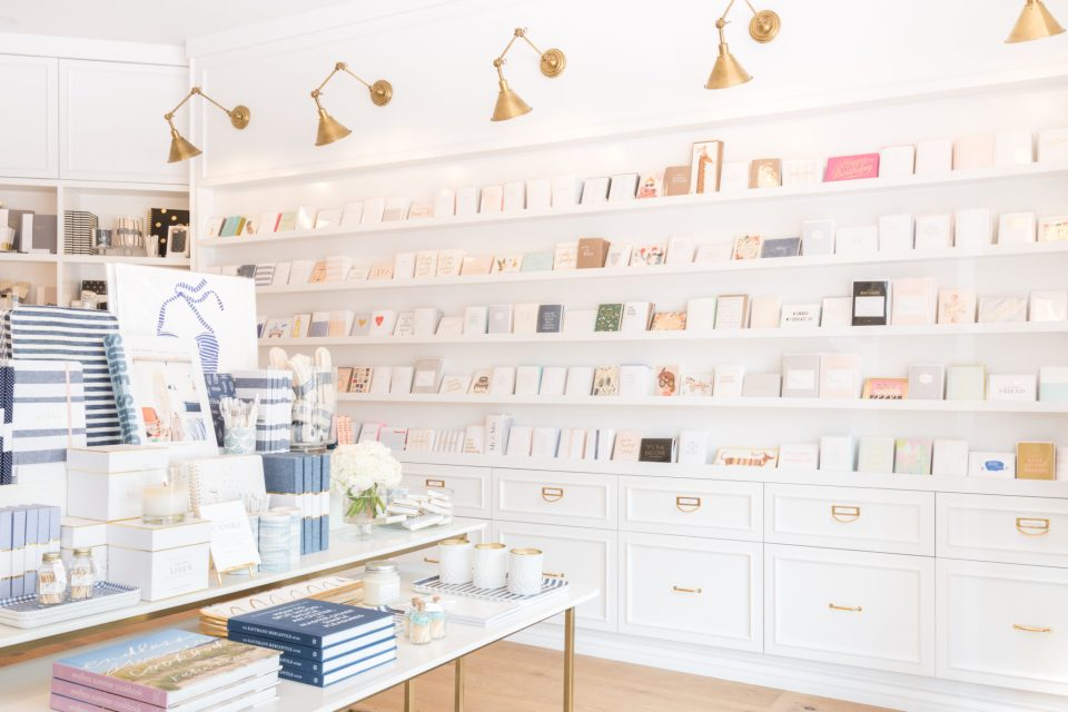 Sugar-Paper_Newport-Beach-store_7-960x640 How to Decorate Your Home Like a Stationery Store