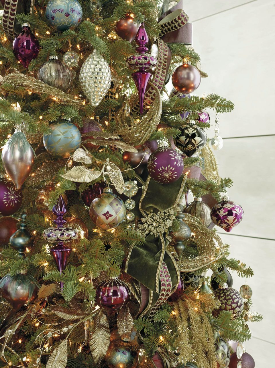 158714_000-960x1281 Holiday Ornaments We Love and How to Store Your Holiday Decor