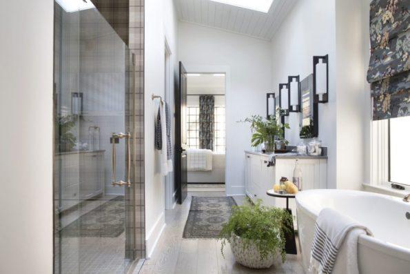 HGTV-Smart-Home-2018-Master-Bathroom 20 Images of Coretta Scott King We Adore