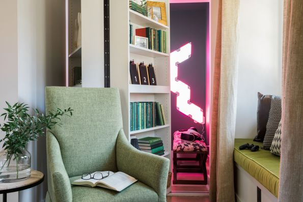 HGTV-Smart-Home-2018-VR-Room-Bookcase-Peek-595x397 HGTV Smart Home Tour - Palmetto Bluff