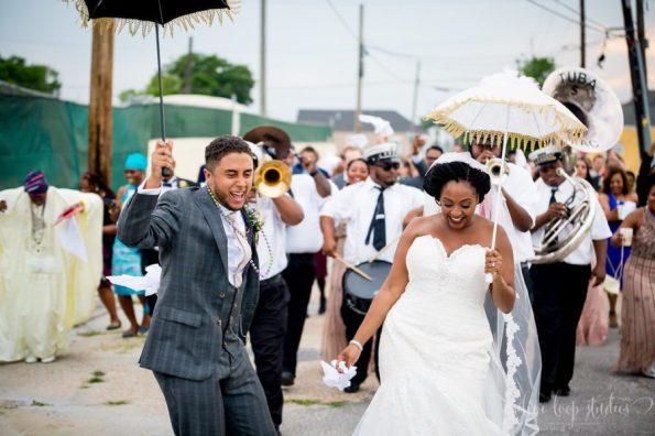 MyaKeithSneakPeeks-0089-1-595x396 Classic New Orleans Nuptials - NOLA Wedding Inspiration