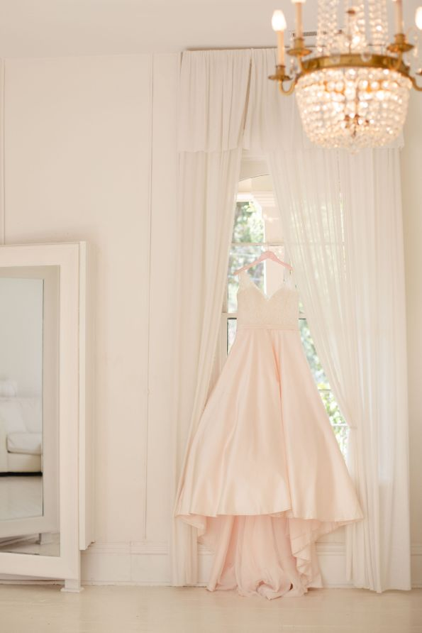 AbreaCrackel_04-595x892 Pink and Blush Southern Wedding Inspiration