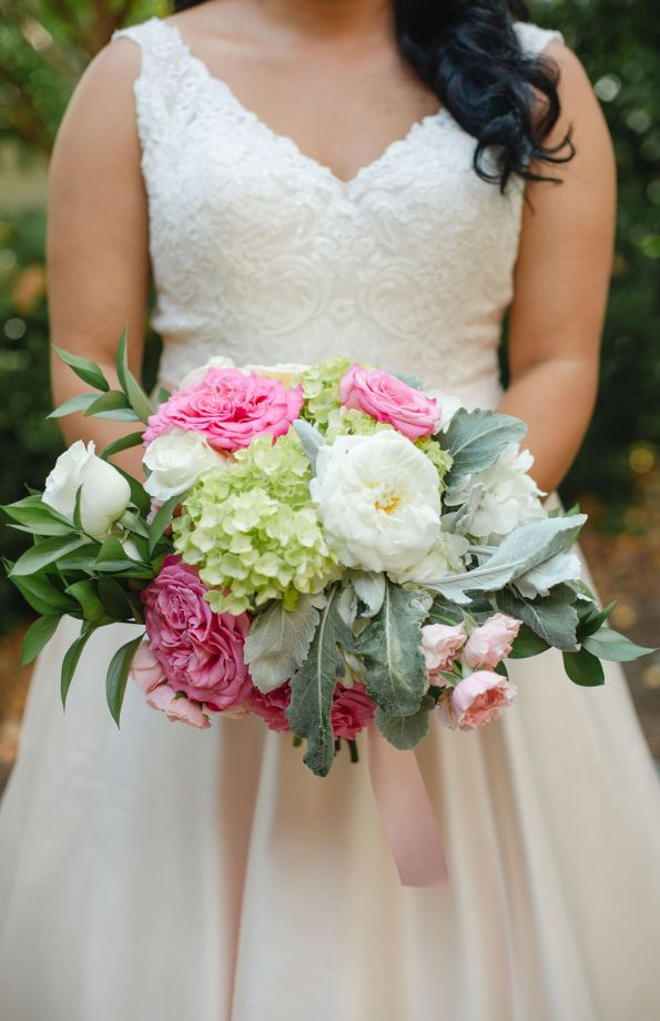 AbreaCrackel_09-595x920 Pink and Blush Southern Wedding Inspiration