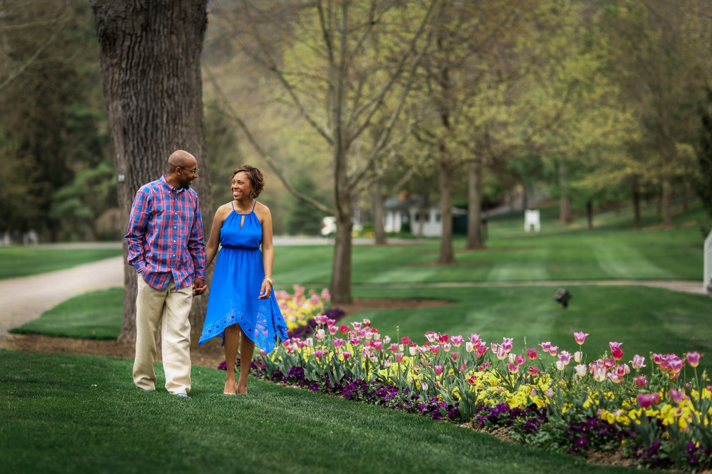 8dvicsw7g4116cut4v21_big West Virginia Engagement Session at the Greenbriar Resort