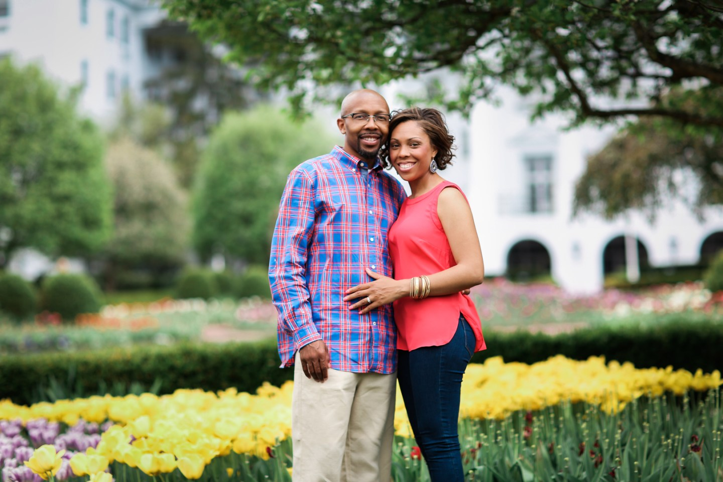 sox50arzxjpin5txg348_big West Virginia Engagement Session at the Greenbriar Resort