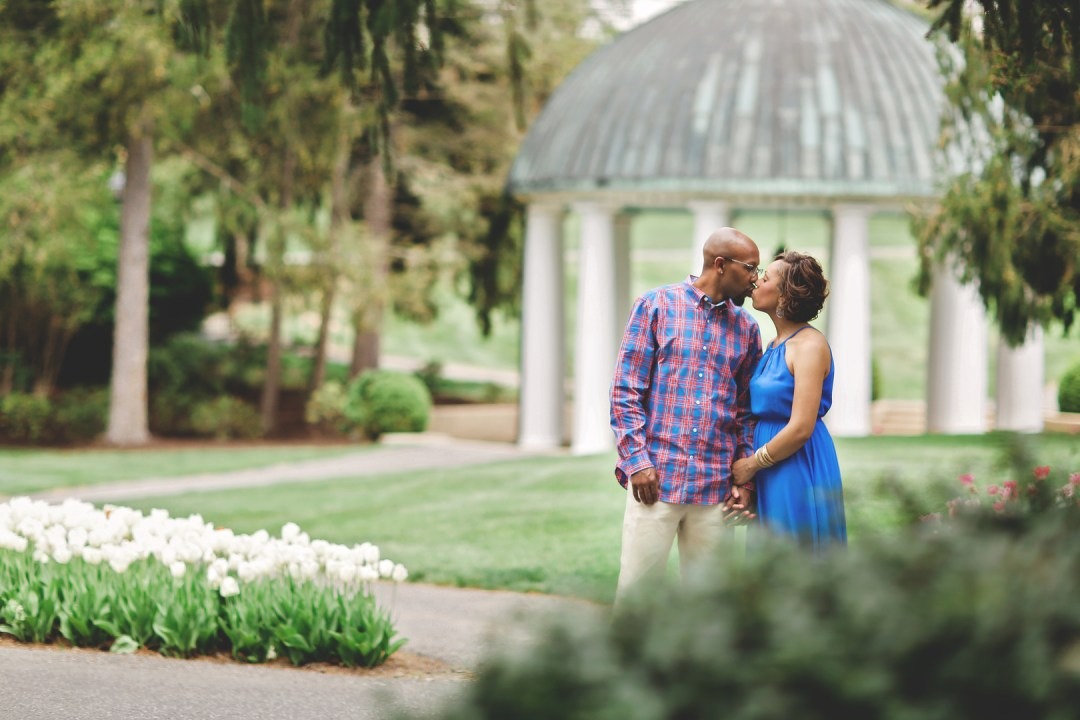 tmjfu83v4odhg37xwc73_big West Virginia Engagement Session at the Greenbriar Resort