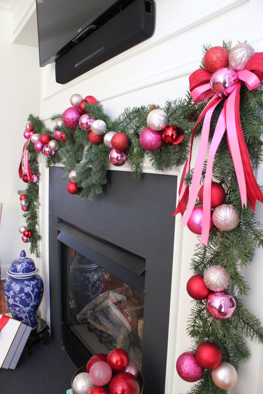 ConfettiStyle-2017-Christmas-Decor2 3 Tips for Preparing To Decorate Your Home For The Holidays from ConfettiStyle