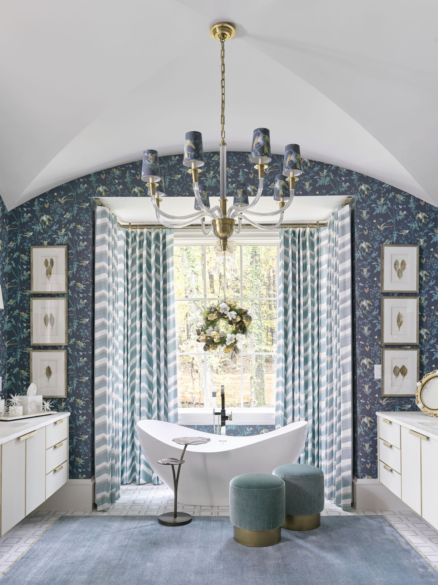 AHL_181113_showhouse32078_Chris-Socci-with-Kingdom-Woodworks-cabinetry Home for the Holidays 2018: Atlanta, GA Style