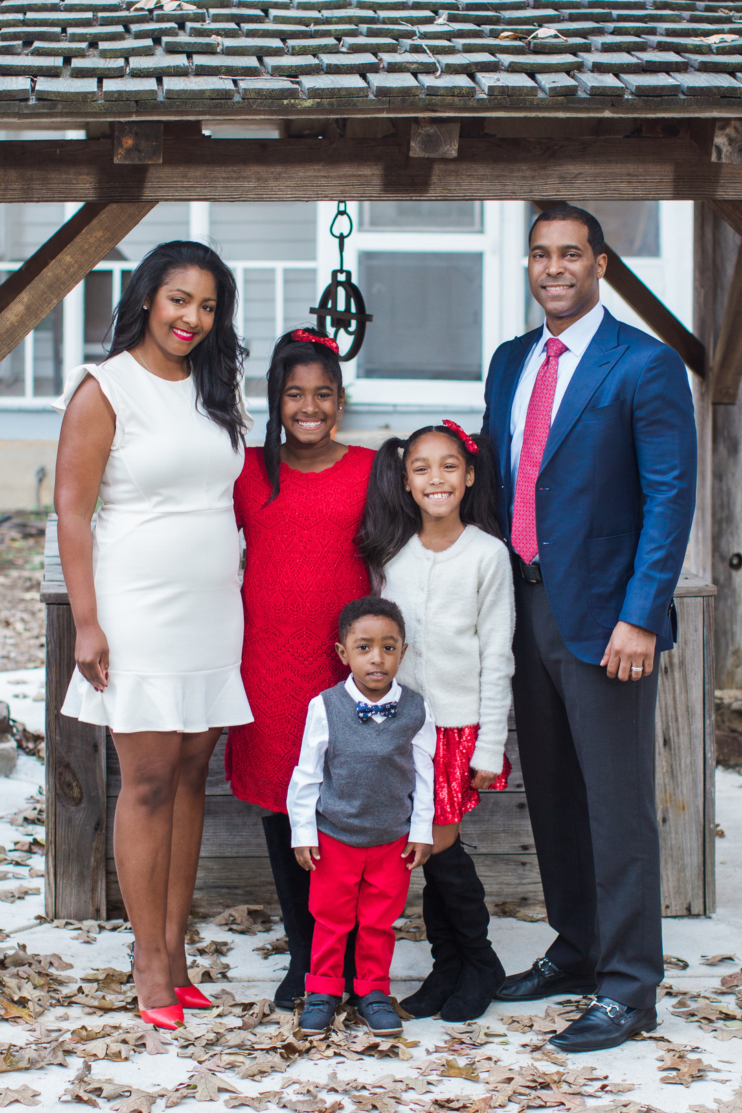 bvtvf276b9a5k65jao70_big Farmhouse Christmas Family Fun in Atlanta, GA