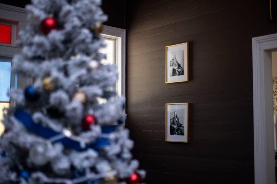 DSC_2890 Patriotic Holiday Decor: Reconstruction Era Holiday Theme