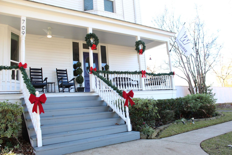 IMG_0173-1440x960 HBCU Holiday House: Wiley College Christmas Decor Tour