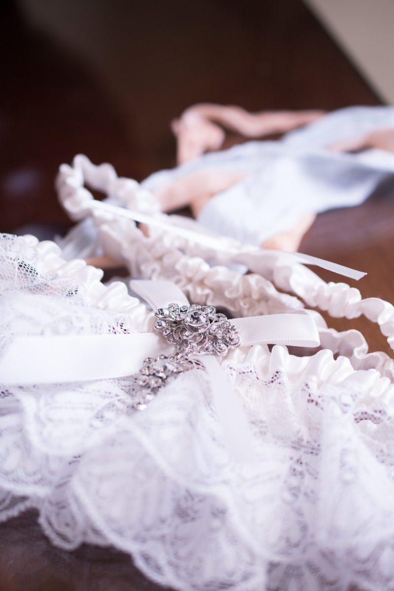 4rmygtxfcnqrzhh92t05_big Charleston, SC Spring Wedding at Francis Marion Hotel
