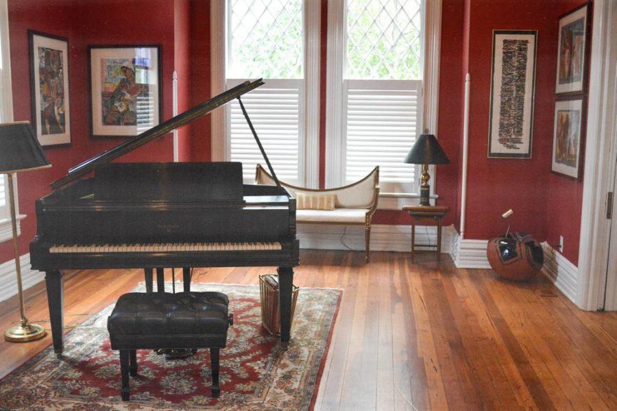 8e0c56c0-60be-473f-a54d-e7c4fdeb7e66 Black Owned Hotel in Atlanta: Hamilton Howell House Design Tour
