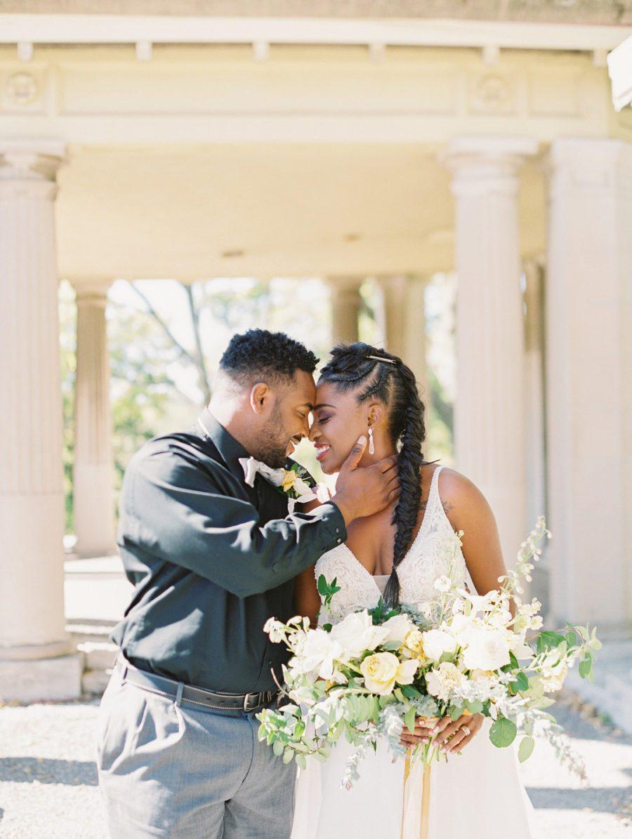 cwqanzz2d8dbnq7s8s65_big Kansas City, Missouri Outdoor Wedding Inspiration