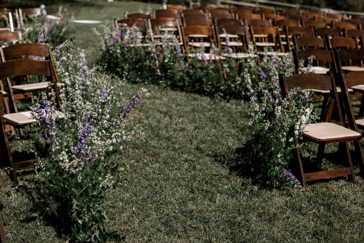 ffve2bvsmxf2qbhykg46_big-1440x960 Southern Hospitality: Outdoor Nuptials in Thomasville, NC