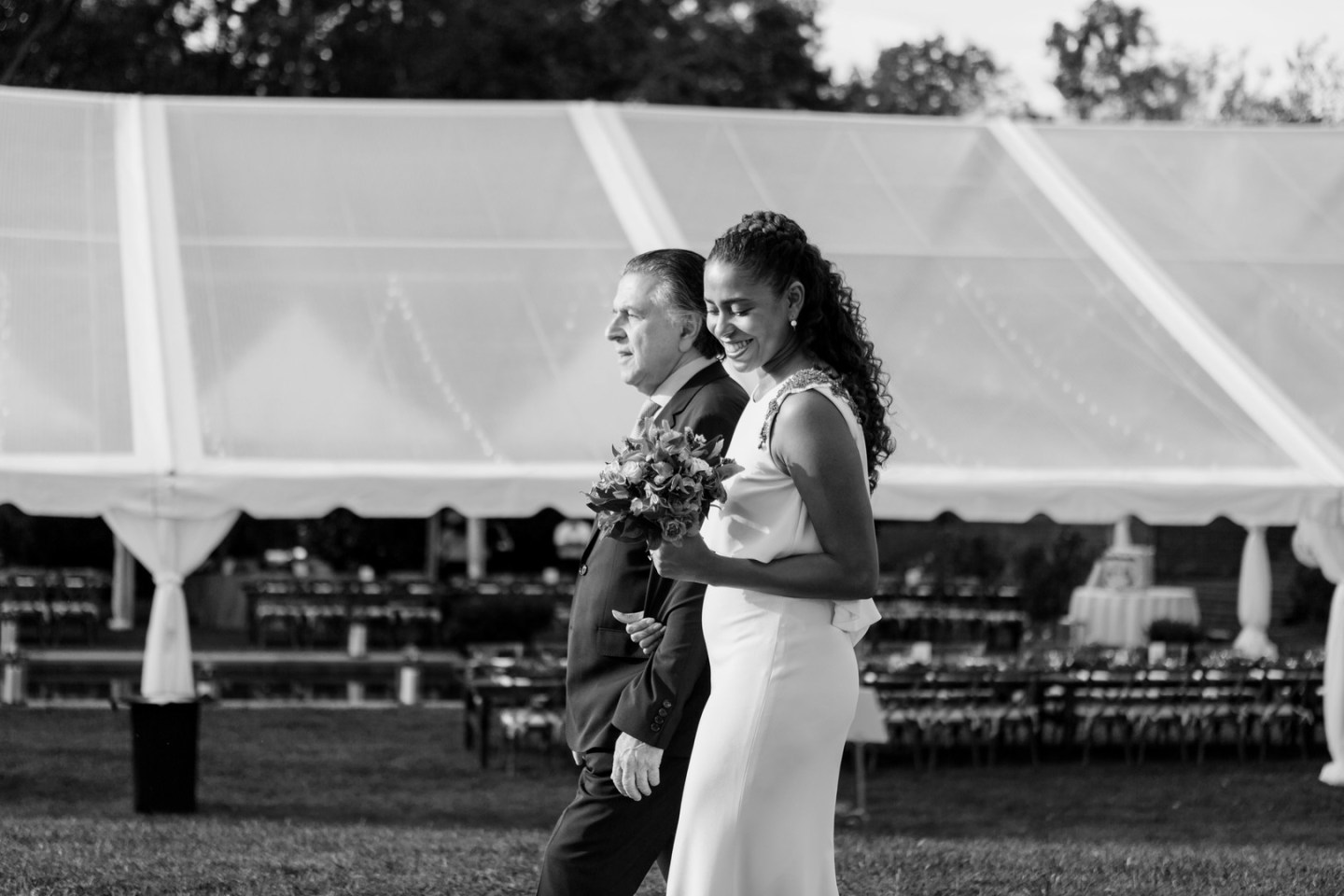fykjd6wjgqtykw7cwt80_big-1440x960 Southern Hospitality: Outdoor Nuptials in Thomasville, NC