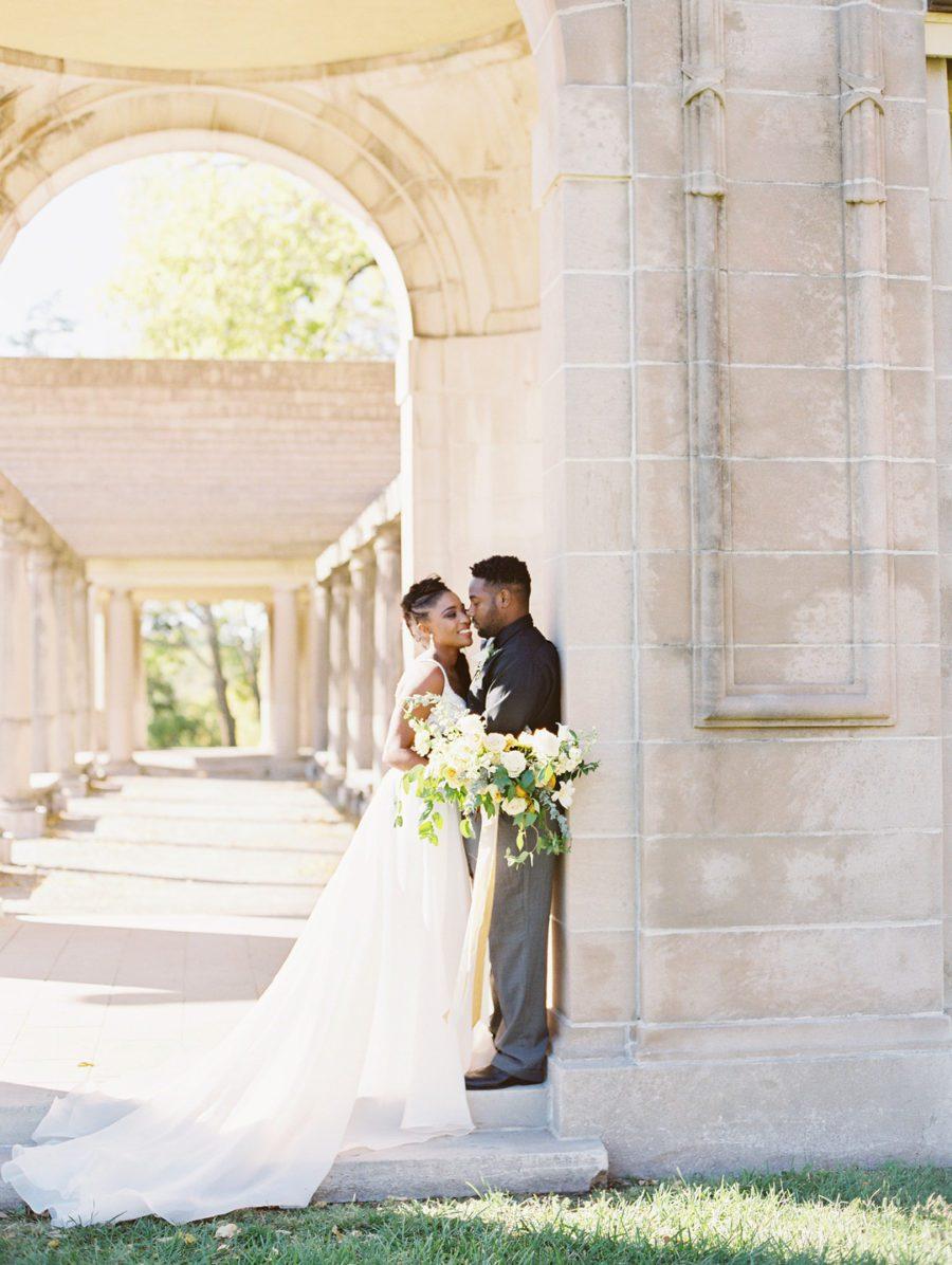 h6arijanxaavd96ypp10_big Kansas City, Missouri Outdoor Wedding Inspiration
