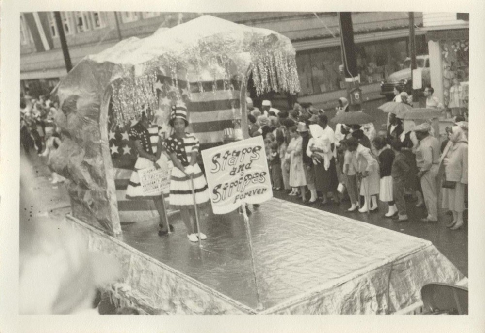 jodistarsandstrips-1000x687 Past and Present: Images of African American Mardi Gras in Lafayette, LA