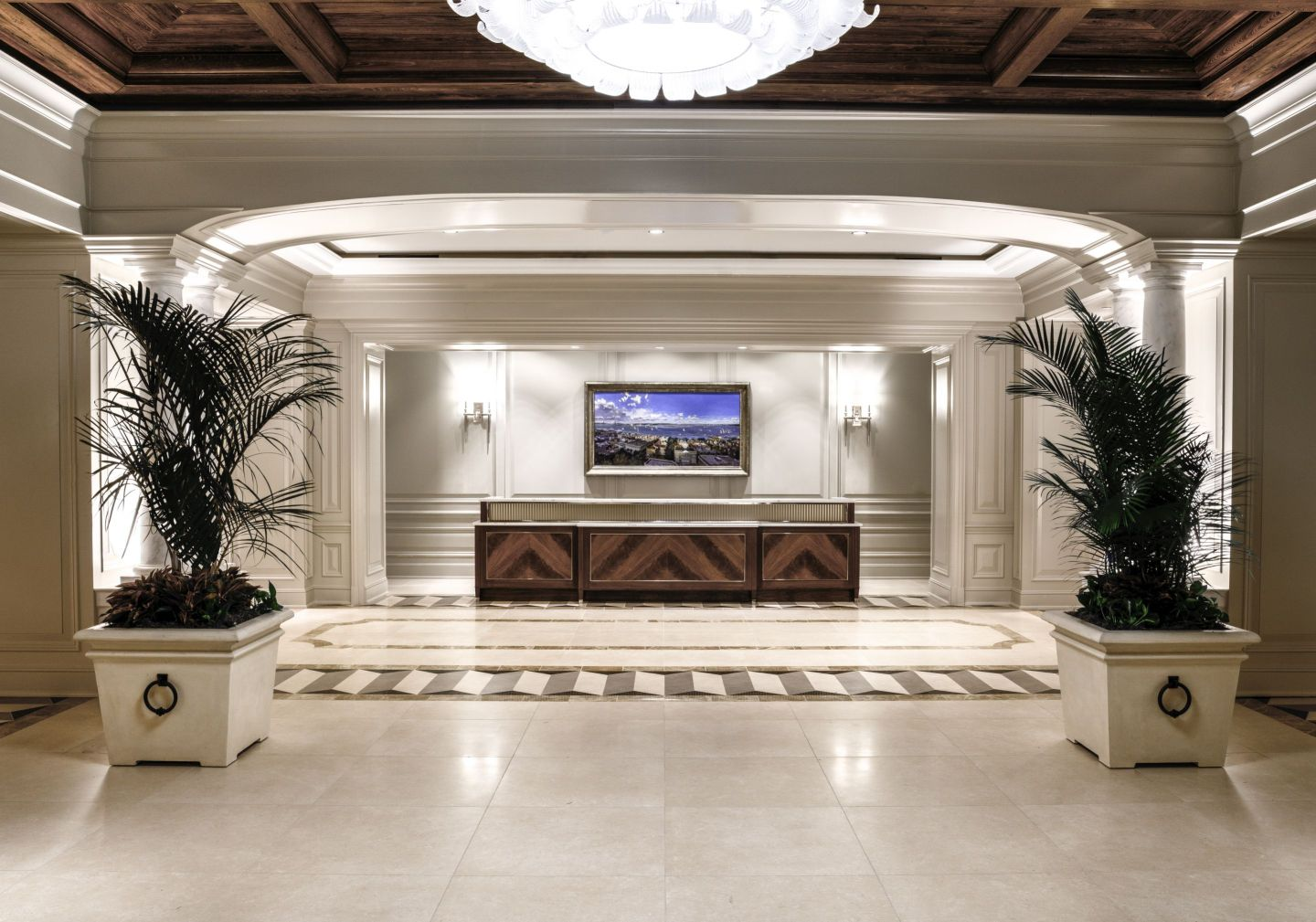 Lobby-Check-In_Credit-Modus-Photography-1-1440x1009 Design Tour: Hotel Bennett Debuts in Charleston, SC