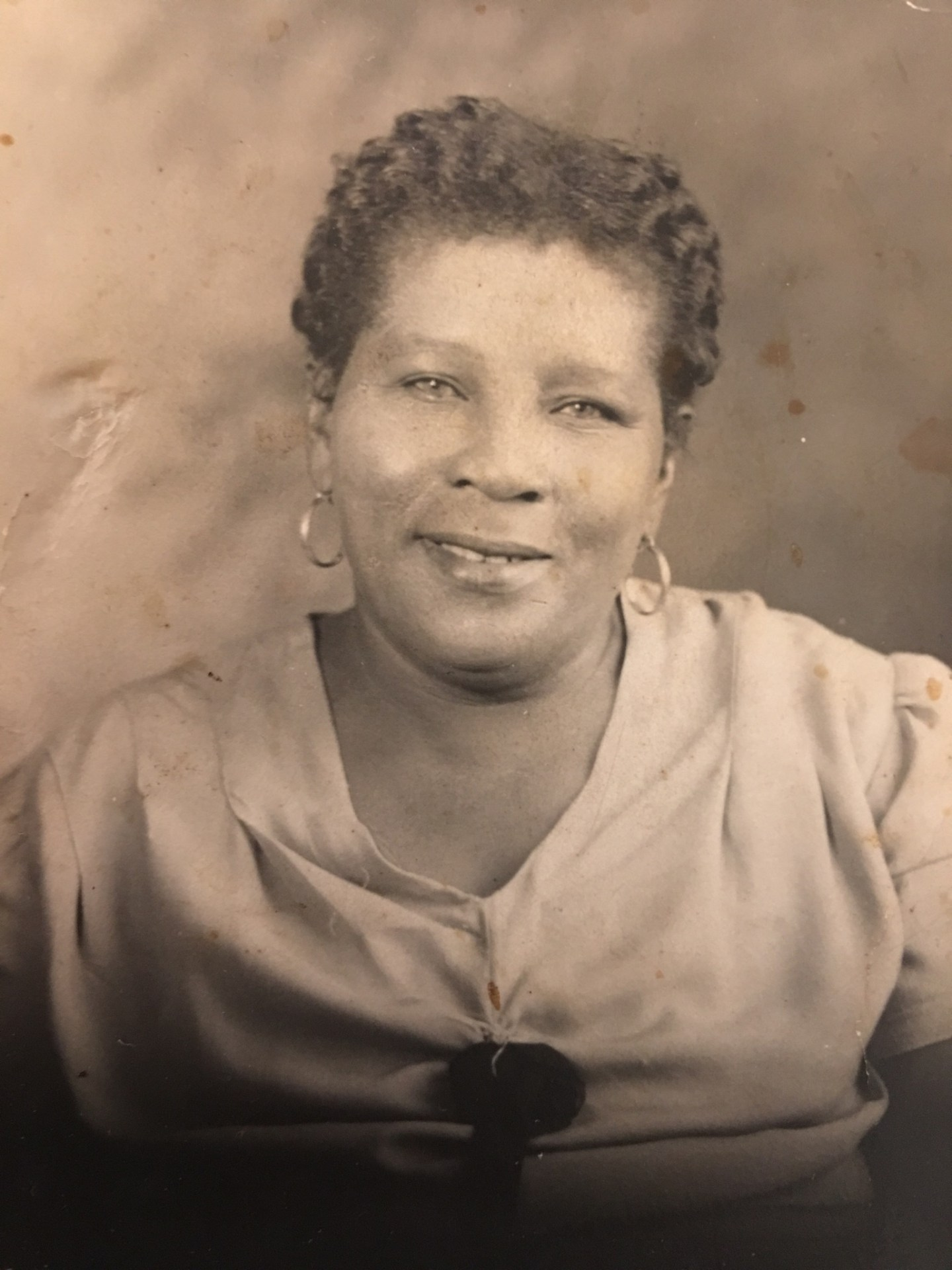 F6194C74-F811-4A20-B0FF-477C73565938-1-1440x1920 A Grandmother's Love: 3 Things I Learned from My Southern Grandmothers