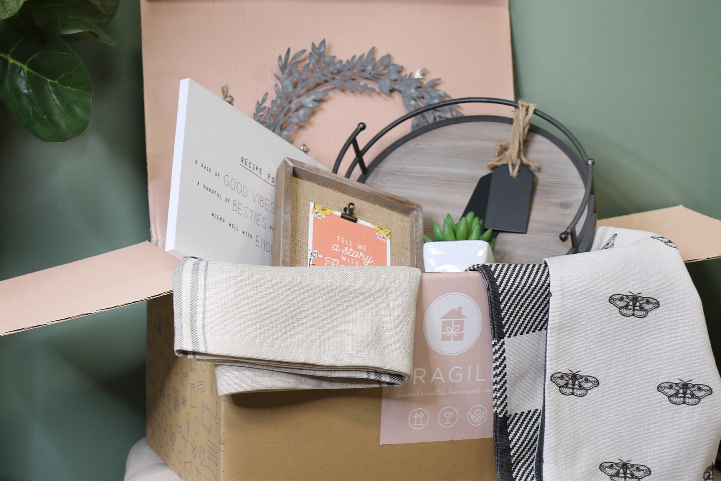 Copy-of-Decocrated_box-1440x960 Home Decor Subscription Box Creates Seasonal, Curated Experience for Newlyweds