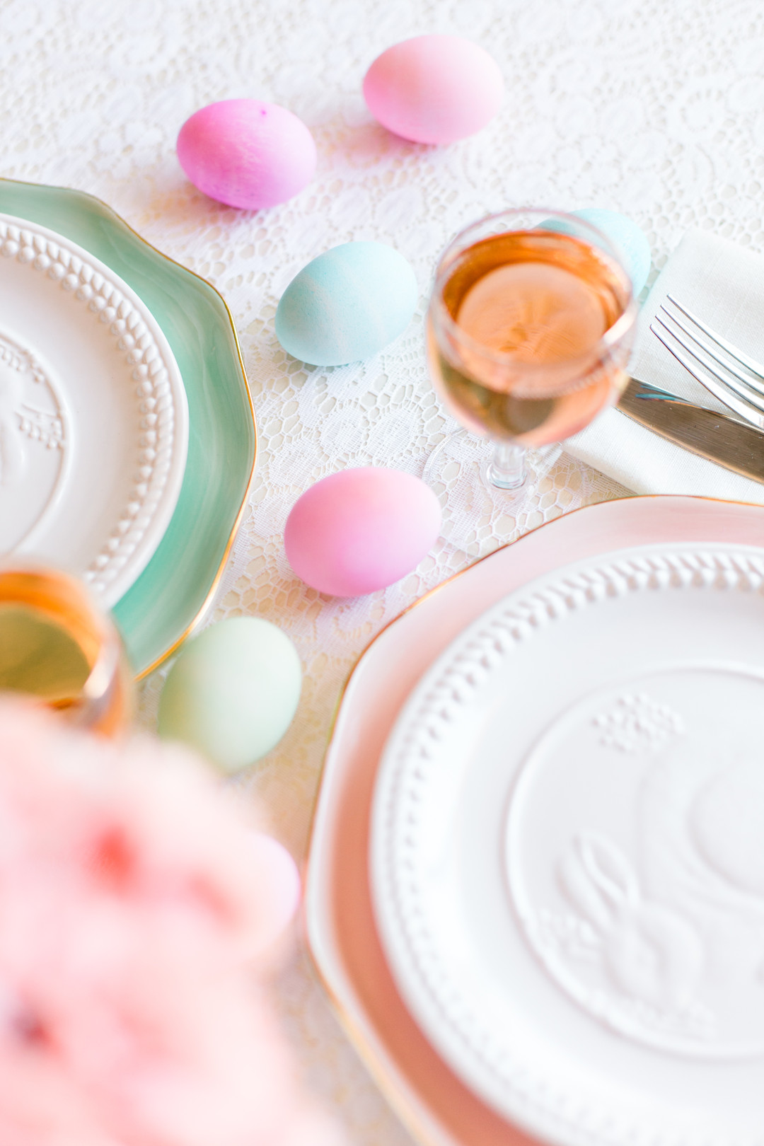 Staal_KristinaStaalPhotography_KristinaStaalPhotographyEasterTablescape201620_big Easy Entertaining: Easter Brunch Inspiration for Two