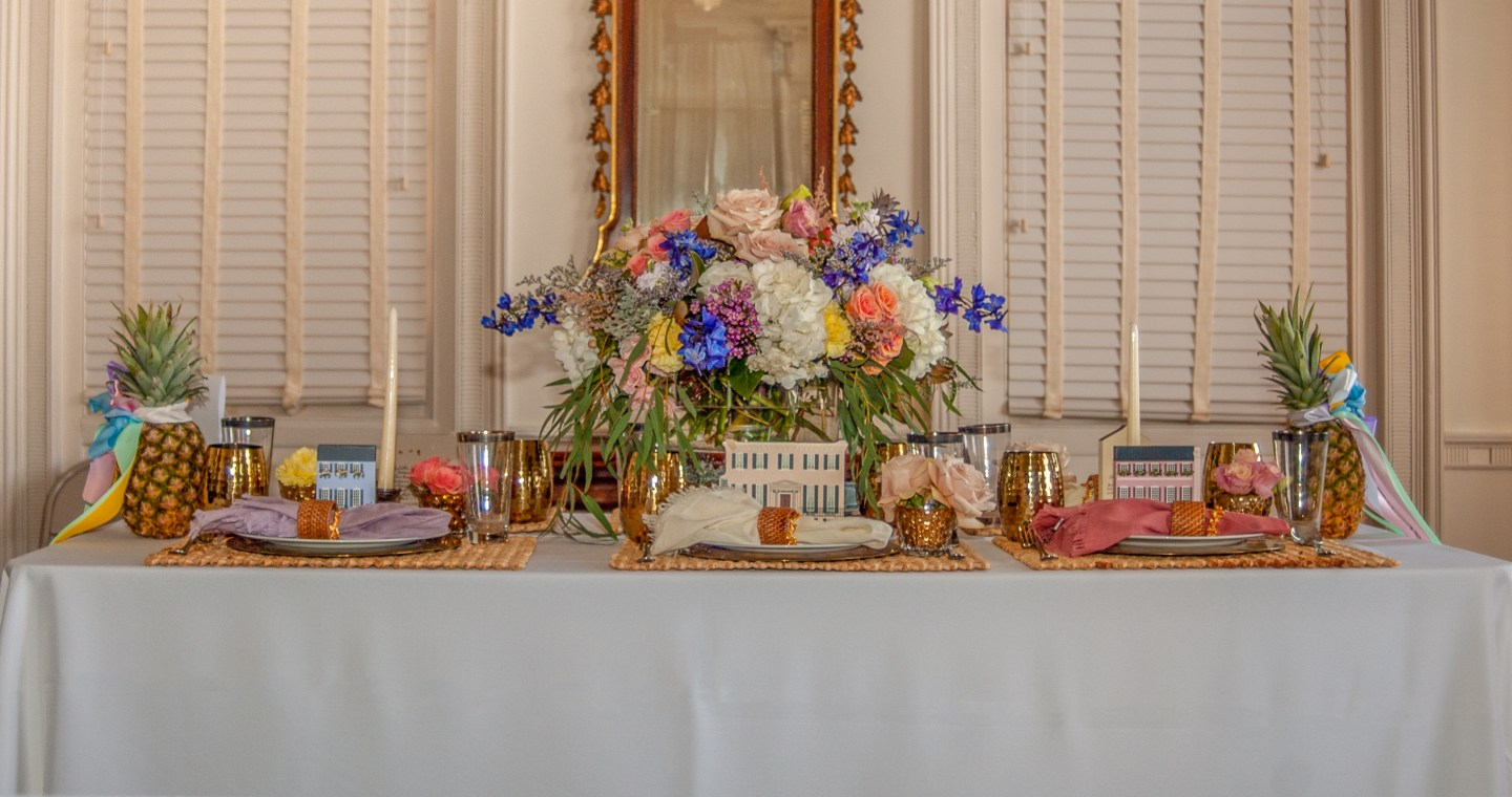 Southern-Settings-2019_8 Lowcountry Tablescape Inspiration from Southern Settings