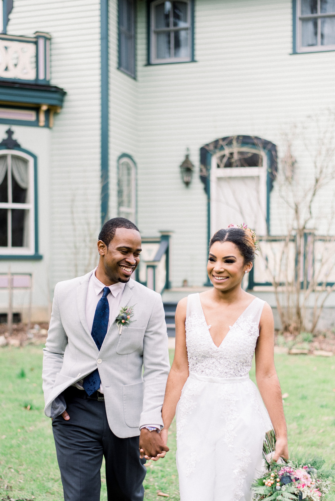 76jqbi0y47yq8a16h325_big Hot Springs, NC Wedding Inspiration at Mountain Magnolia Inn