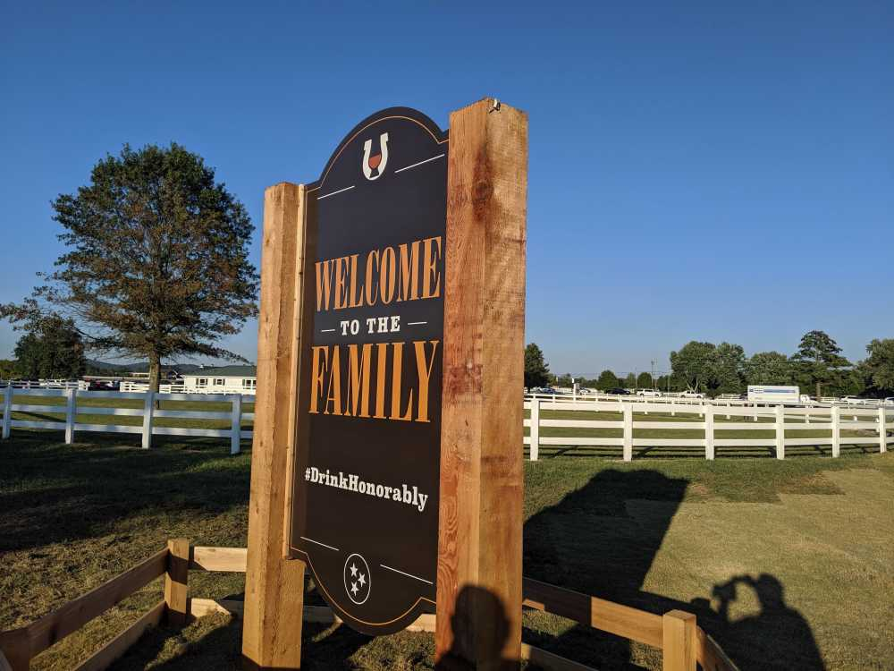 UN-Welcome-Sign-1 Fall in Middle Tennessee: Copper Skies, Whiskey, History & Good Food