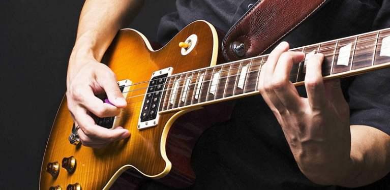 electric-guitar-riffs