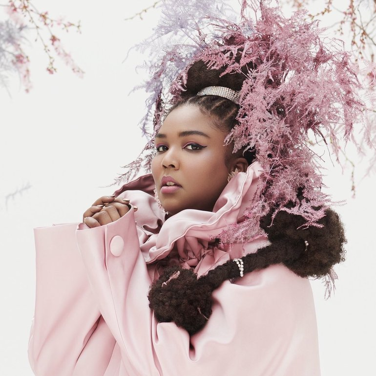 Lizzo Covers Essence Magazine5