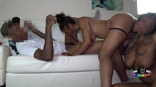 Threesome Fuck with Tranny Toya Da Body, Female and Hot Stud guy
