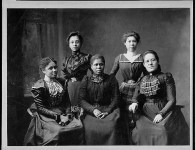 1469435945_549_Flash-Black-Photo-African-American-Group-Portraits.jpg