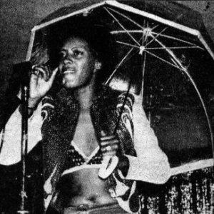 Black to the Music - 04 Ann Peebles